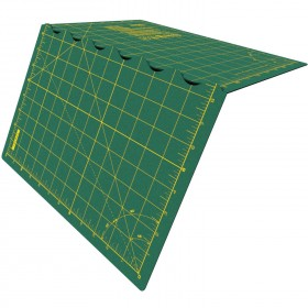 "Olfa FCM 17""x24"" Folding Cutting Mat"